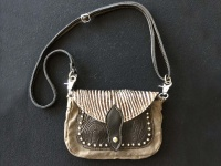 versatile-rodeo-cowgirl-bag